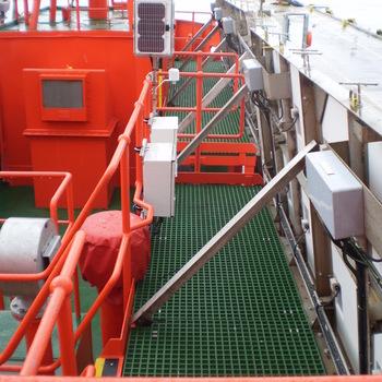 Medium marine light ship